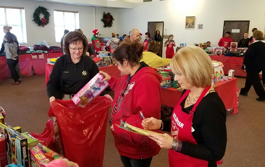 2016 Salvation Army Xmas1
