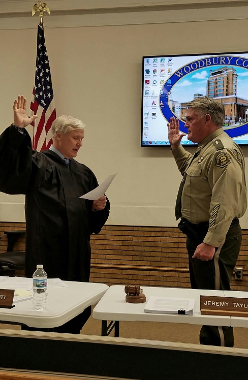 Sheriff Swearing In1
